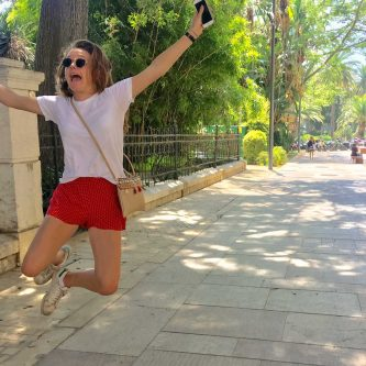 Annick springt in Malaga